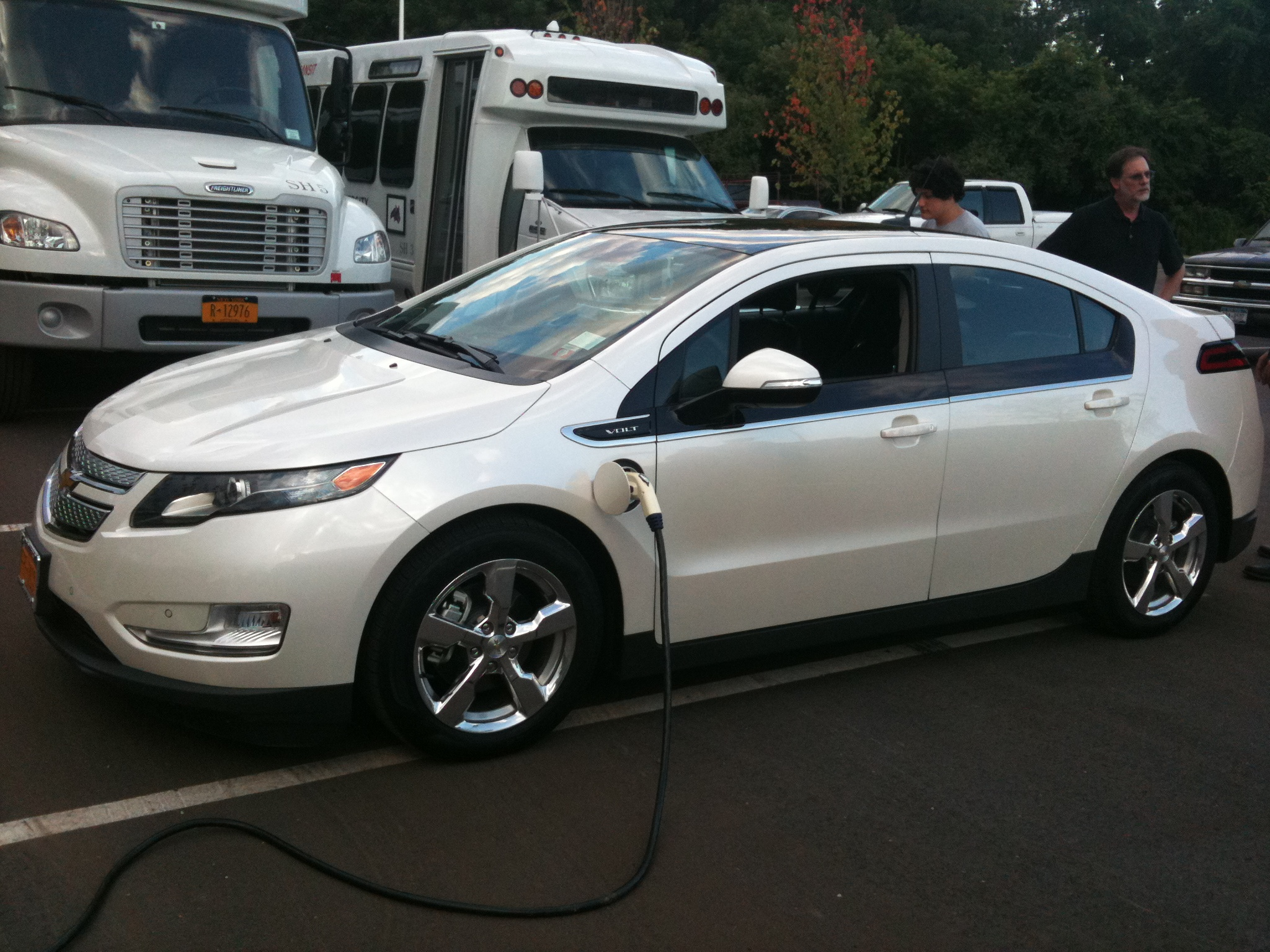 Mike  Anzalone's new Chevy Volt on Charge